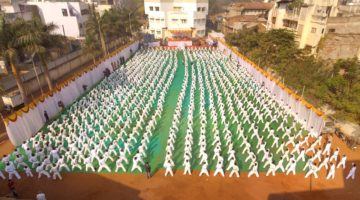 MAXIMUM STUDENT PERFORMED KARATE BLOCKS & PUNCHES SIMULTANEOUSLY ON SINGLE VENUE